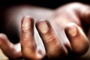 Pakistan'da bir erkek ile görüntülenen iki kız çocuğu, aileleri tarafından öldürüldü