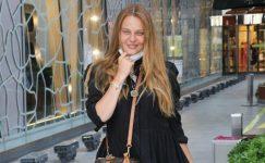 Naz Elmas, yeni proje görüşmeleri için tatilini yarıda kesti