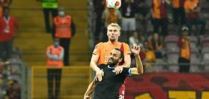 Galatasaray taraftarından Vedat Muriqi'ye tepki