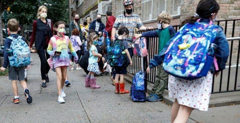 Okulda çocuğu Covid-19 olan ebeveynler dava açtı